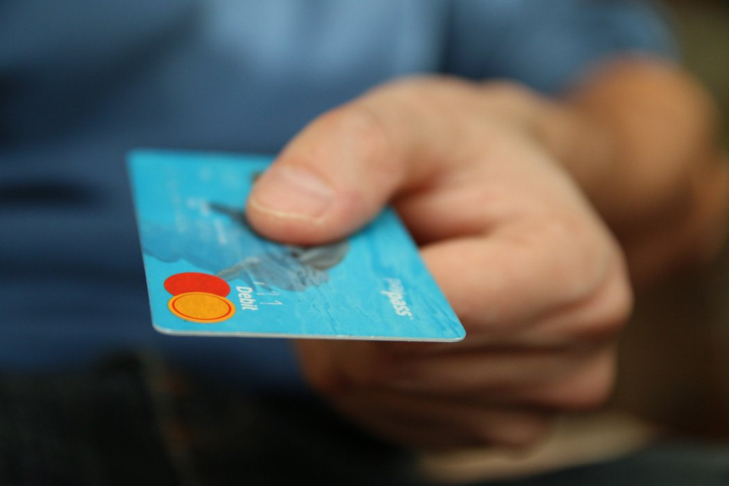 Advantages of a No Annual Fee Credit Card